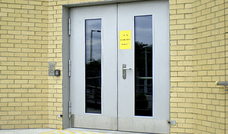 Security doors S4