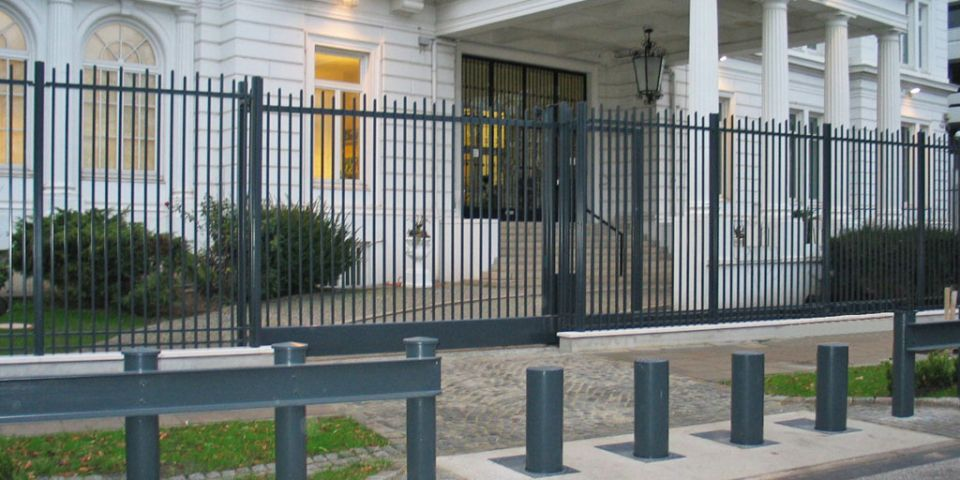 Bollards for a consulate: